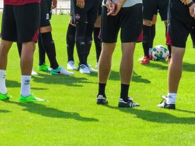 Erste verliert gegen FC Düren, Zweite gewinnt gegen Golzheim